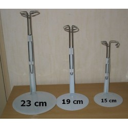 Poppenstandaard  15  19  of 23 cm